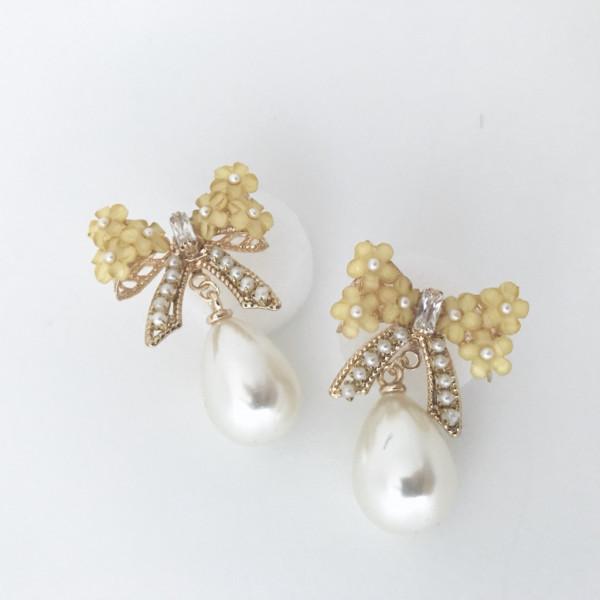 Ohrring bow pearl gelb